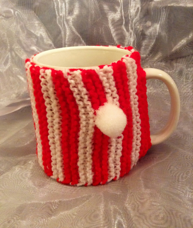 Red & white stripy knitted mug warmer