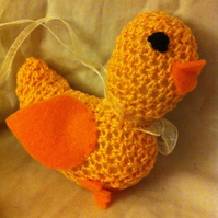 Pretty little crocheted chicken