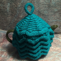Small Knitted Tea Pot Cosy