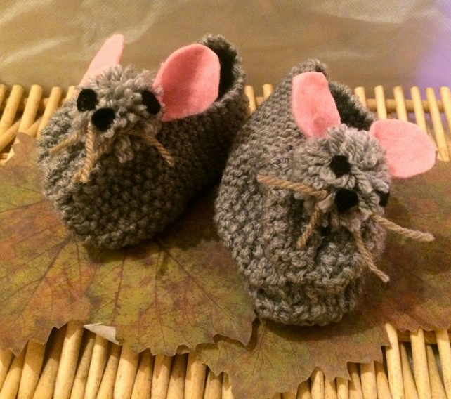 Little animal baby booties