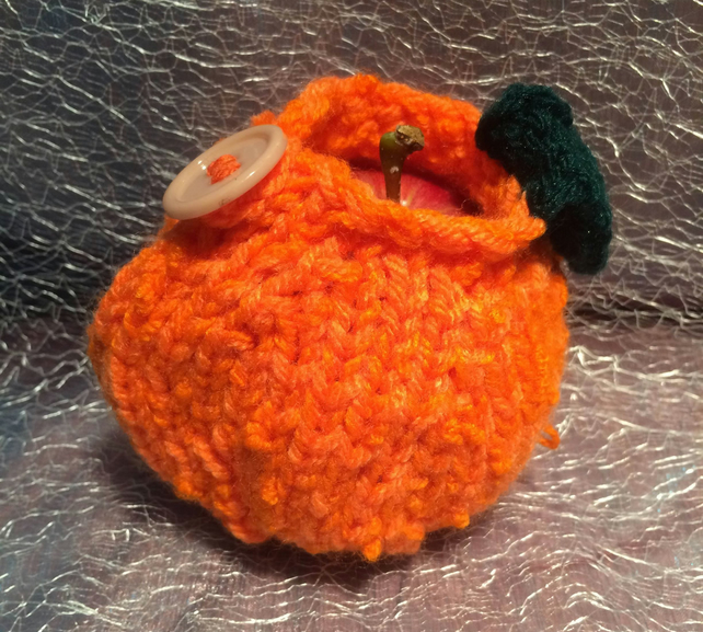 Knitted Orange Cosy