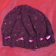 Little purple wool hat with ribbon
