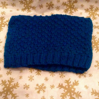Little blue wool hat