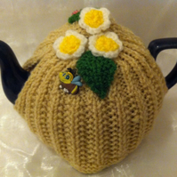 Small Knitted Floral Stone Tea Pot Cosy