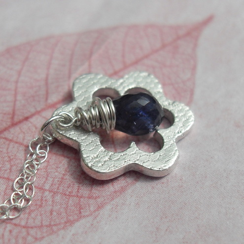 Flower pendant - with Iolite
