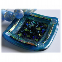 Fused Glass Trinket Dish 8.5cm Teal Bordered Dichroic 012