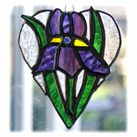 Iris Heart Suncatcher Stained Glass Blue Purple 004