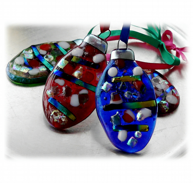 Christmas Bauble Oval Fused Glass Hanging Decoration Dichroic