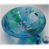 Fused Glass Bowl Round 12cm Turquoise  Dichroic 024
