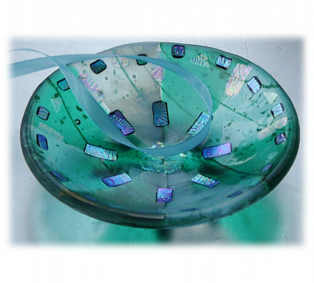 Fused Glass Bowl Round 12cm Turquoise  Dichroic 025