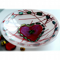Fused Heart Glass Bowl Round 12cm Red Dichroic 029