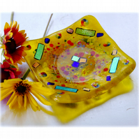 Fused Glass Trinket Dish 9cm Yellow Dichroic 023