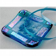 Fused Glass Trinket Dish 10cm Turquoise Dichroic Bordered 024