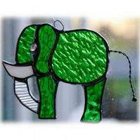 Elephant Suncatcher Stained Glass Green 088