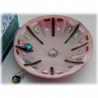 Fused Glass Bowl Round 12cm Pink Dichroic 038