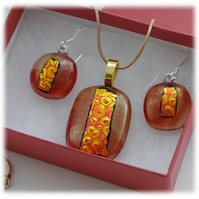 Dichroic Glass Pendant Earring Set 068 Red Gold Bubbles with gold plated chain
