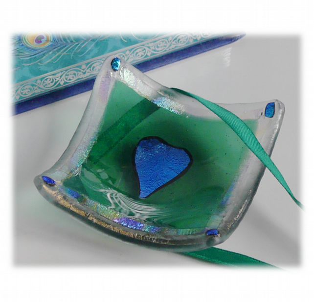 Earring Ring Dish Fused Glass 6.5cm Green Dichroic Heart 017