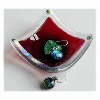 Earring Ring Dish Fused Glass 6.5cm Red Dichroic Gold Heart 019
