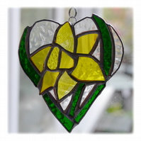 Daffodil Heart Suncatcher Stained Glass 012