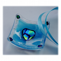 Earring Dish Fused Glass 6cm  002 Turquoise Dichroic Heart