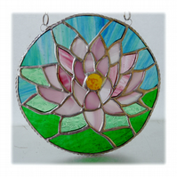 Waterlily Suncatcher Stained Glass 006 Pink