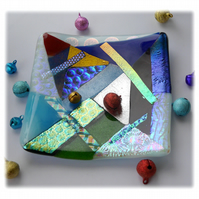 Abstract Dichroic Fused Glass Trinket Dish 001 11cm