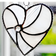 White Swirl Heart Stained Glass Suncatcher 041