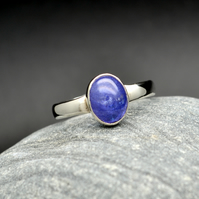 Tanzanite Cabochon Sterling Silver 925 Ring. US 11 OR UK W