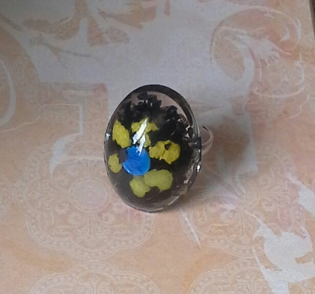 Flower Design Resin Ring