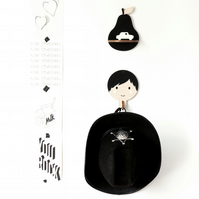 Children's wooden wall hooks - Boy with Black hair