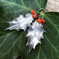 Sterling silver vintage holly earrings - beautiful gift for her