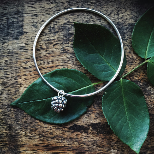 Sterling silver bangle with blackberry, silver Autumn charm bangle