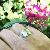 Sterling silver leaf ring