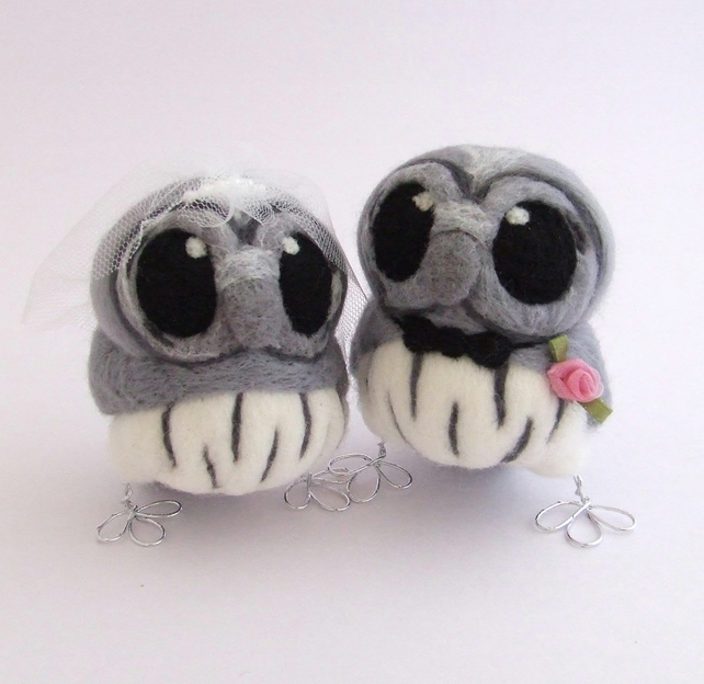Grey Owl Wedding Cake Topper Bride and Groom Owl Pair in Grey with Silver Feet