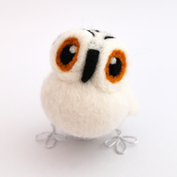 Needle Felted Mini Snowy Owl in Natural White