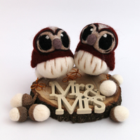Mini Tawny Owl Wedding Cake Topper Chestnut Brown Felt Birds