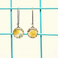 Dainty Glass Drop Earrings in Yellow and Blue Daisy Design