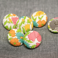 Liberty of London Poppy & Daisy Fabric Buttons