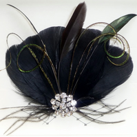 BLACK Feather HAIR CLIP Fascinator Dark Green Peacock Feathers Crystal Hairpiece