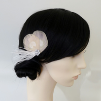 Nude Bleached Peacock Feather Hair Clip Bridal Pale Gold Cream Fascinator Leonie