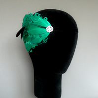 20s Flapper Headband Green and Black Feather Headpiece 1920s Fascinator Pearl