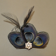 Black Peacock Feather Hair Clip Bridesmaids Fascinator Wedding 'Lizbeth'
