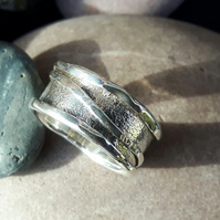 Sterling Silver 'Rattle Ring'