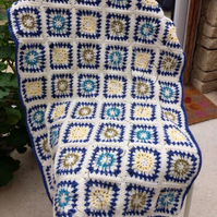 A Blue Star Burst Cot Blanket