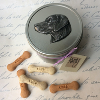 Labrador treat tin, gift for dog owner, dog sculpture, tin with treats.
