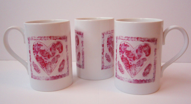 'Hearts and Saris' Printed Porcelain Mug depicting painting by Suzie Nichols