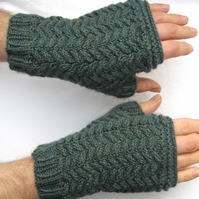 Men's Cable-knit Handwarmers Herringbone Fingerless Gloves