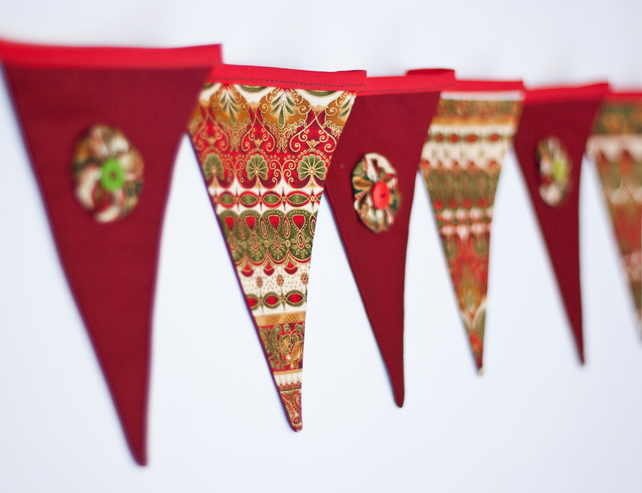Festive Christmas Bunting - Wotnots and Buttons