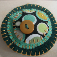 Felt and Button Brooch