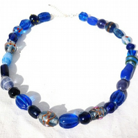 PIF Chunky blue glass bead necklace